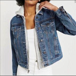 Abercrombie & Fitch Jean Jacket Size M. New w/tags